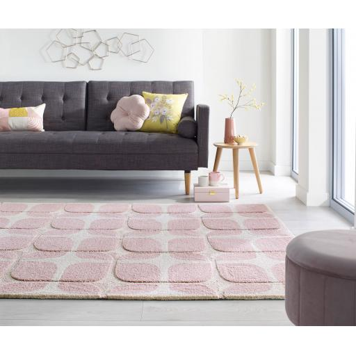 Zest Mesh Geometric Quality Rugs in Blush Pink and Grey