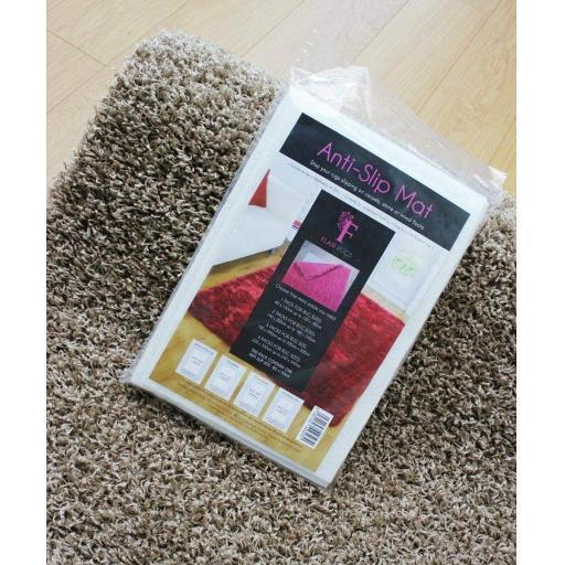 Anti Slip For Rug Underlay Non Slip Mat Cream in 3 Sizes