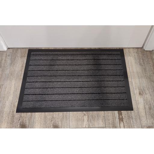 Heavy Duty Non-Slip Dirt Trapper Indoor Outdoor Entrance Kitchen Rug Shoes Scraper Door Mat in Grey 40 x 60 cm (1'4''x2')