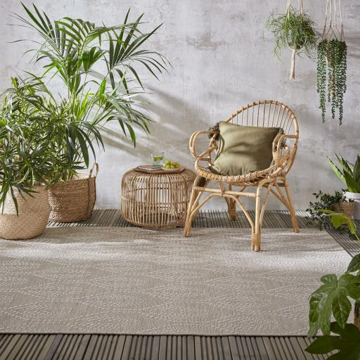Basento Seed Contemporary Flatweave Outdoor Indoor Rug in Natural
