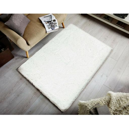 Modern Thick Deep Pile Shaggy Rug in Ivory 100 x 150 cm (3'3''x4'11')