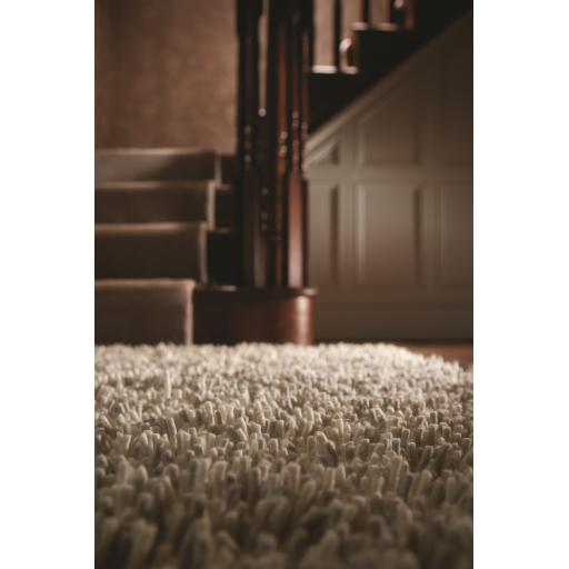 Imperial Luxury Shaggy Hand Woven Wool Rug in Light Mix