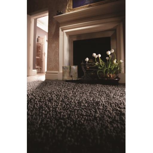Imperial Luxury Shaggy Hand Woven Wool Rug in Fossil