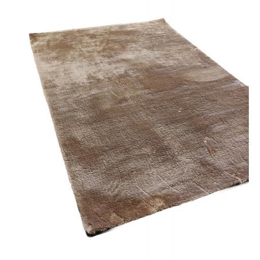 Tranquilty Shaggy Soft Velvet Natural Rug in 80 x 150 cm (2'6''x5'0'')
